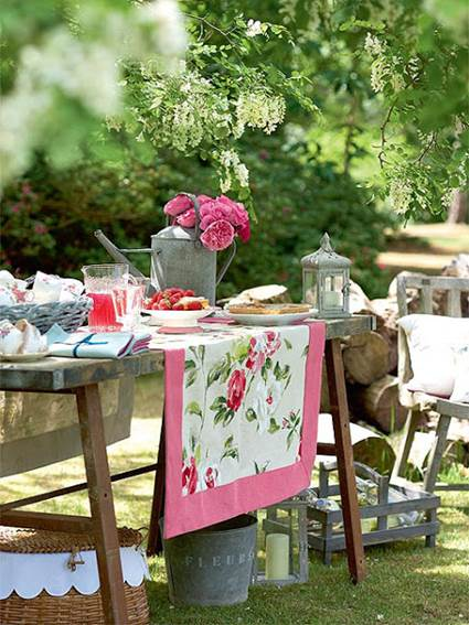 Outdoor Party Spring Tables Decoration For Adults 5