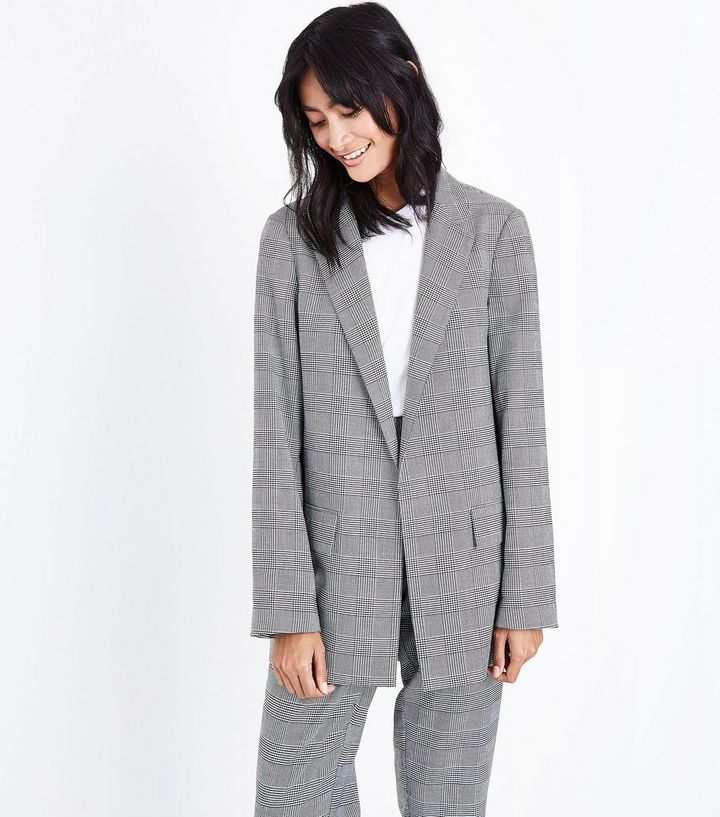 dd8192f065b13 Light grey check from New Look, the style looks slightly oversized to me  but I think it could look great for casual wear with jeans!