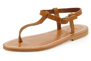 Model Sandal T-strap