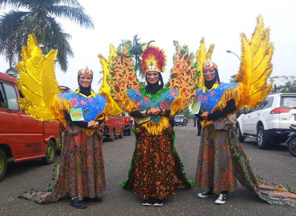 TBM Rumah Pelangi Bekasi Ikuti Festival Kostum Wibawa Mukti