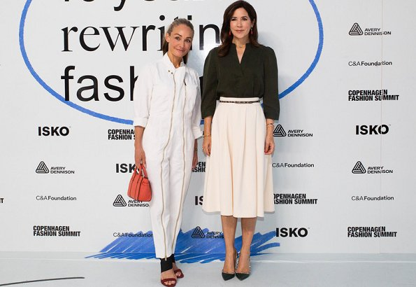 Crown Princess Mary wore DAY Birger et Mikkelsen skirt. Crown Princess wore a natural midi skirt by DAY Birger et Mikkelsen