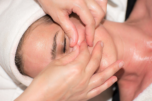 Easiest Night time skincare routine serum