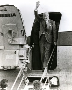 President Tarradellas returning from exile in 1977
