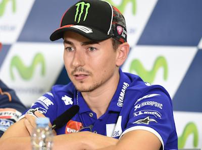 Kalahkan Rossi Jadi Prioritas Utama Lorenzo di Aragon