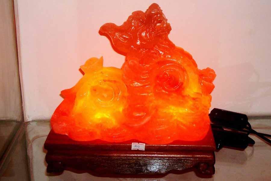 Đèn đá muối Himalaya Tỳ Hưu Phong Thủy