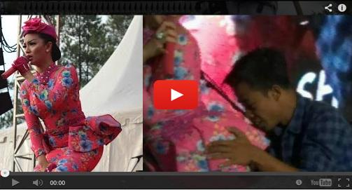 VIDEO Foto Zaskia Gotik Pantat Bokong diCium dan diPegang di Panggung