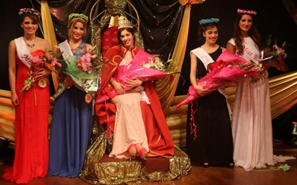 Adios a las reinas prohibieron los concursos