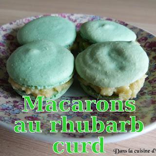 http://www.danslacuisinedhilary.blogspot.fr/2014/07/macarons-au-rhubarb-curd-rhubarb-curd.html#links