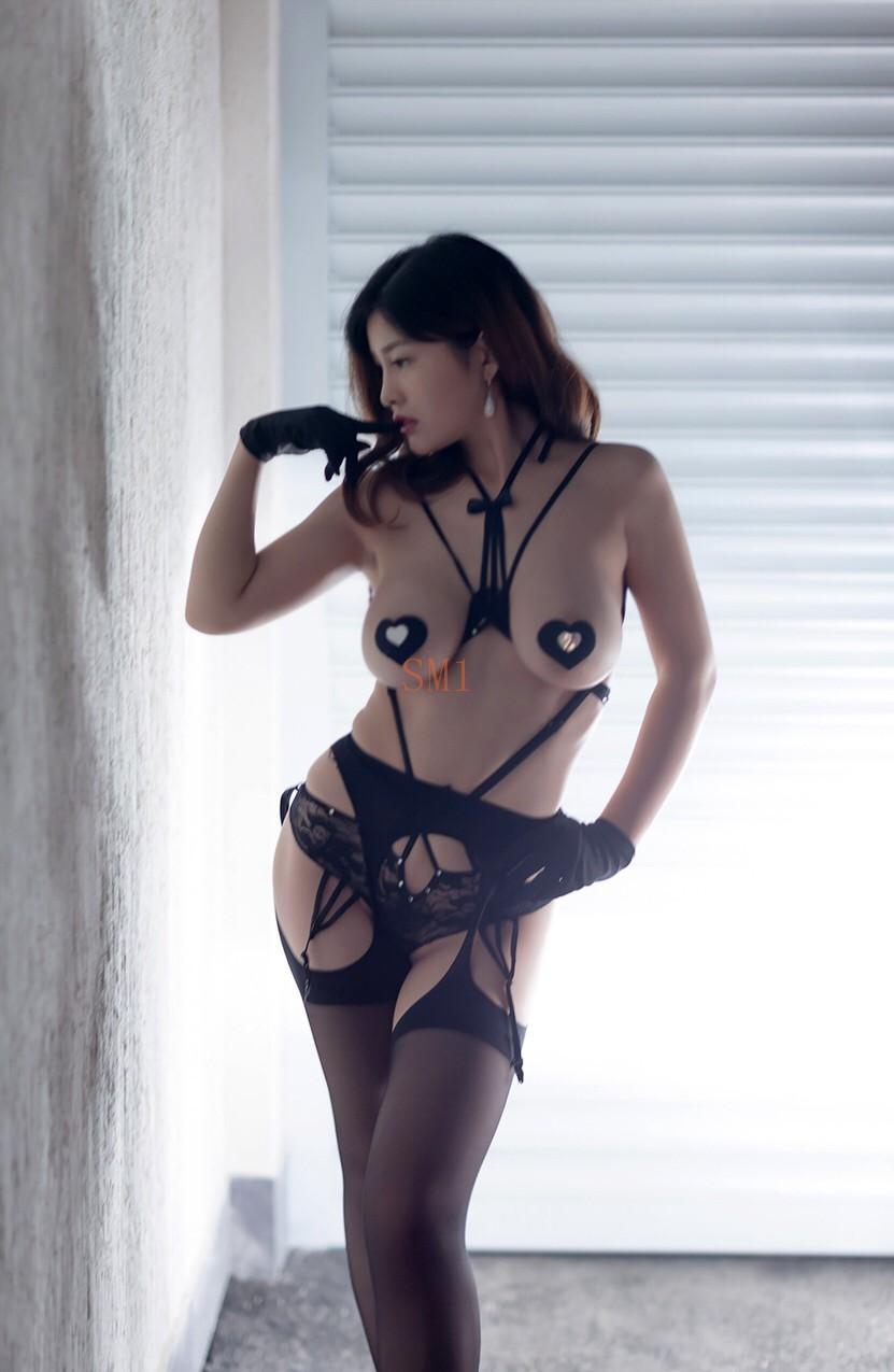 Chinese Girl Yan Pan Pan 闫盼盼 Nipple Cover 23 Pict)