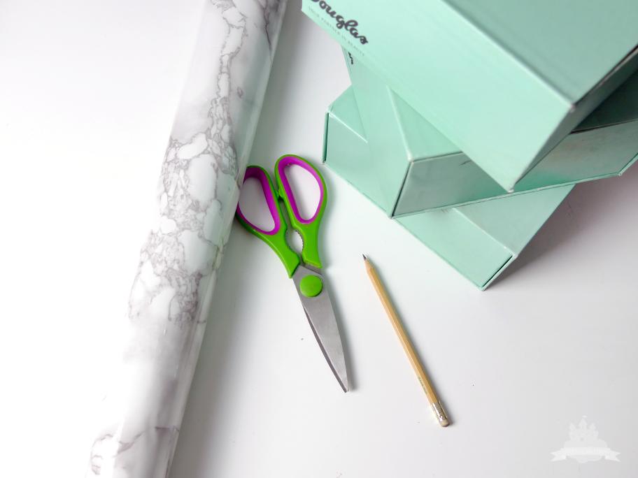 DIY Schubladen Kosmetikaufbewahrung Schritt 1