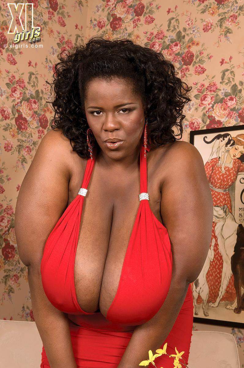 Shauna  Sexy Busty Curvy Ebony Bbw