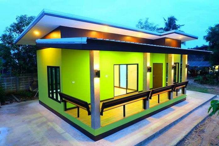 For those who are searching for small house design check this small house and affordable design. The combination of lights and colors is perfectly giving you more relax and inspiration in your life. They say it's the inside that counts, but this small affordable house is simple and beautiful inside and out.