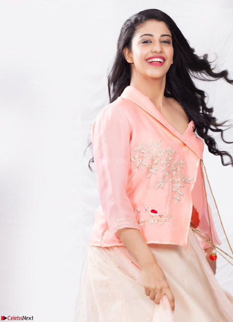Daksha Nagarkar ~  Exclusive Portfolio 001.jpg