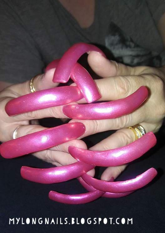 Mature Sexy Long Nails