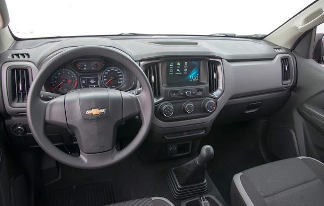 Chevrolet S-10 Cabine Dupla Flex 2017 Advantage - interior