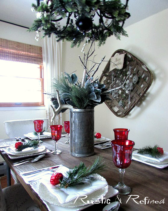 Quick and easy Holiday Tablescape for Entertaining during the Holidays