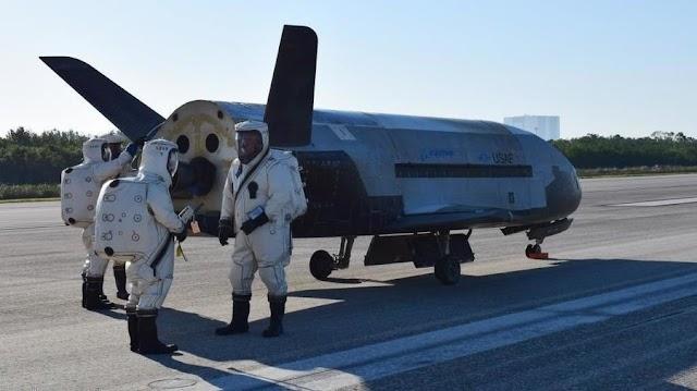 Avion Secreto de EE. UU. Aterriza en Florida