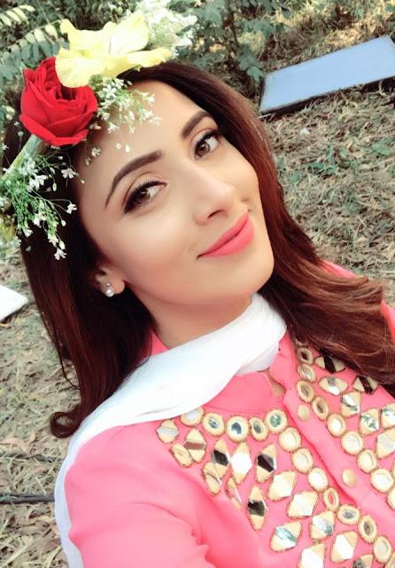 Bidya Sinha Saha Cute Face In Pink Dress