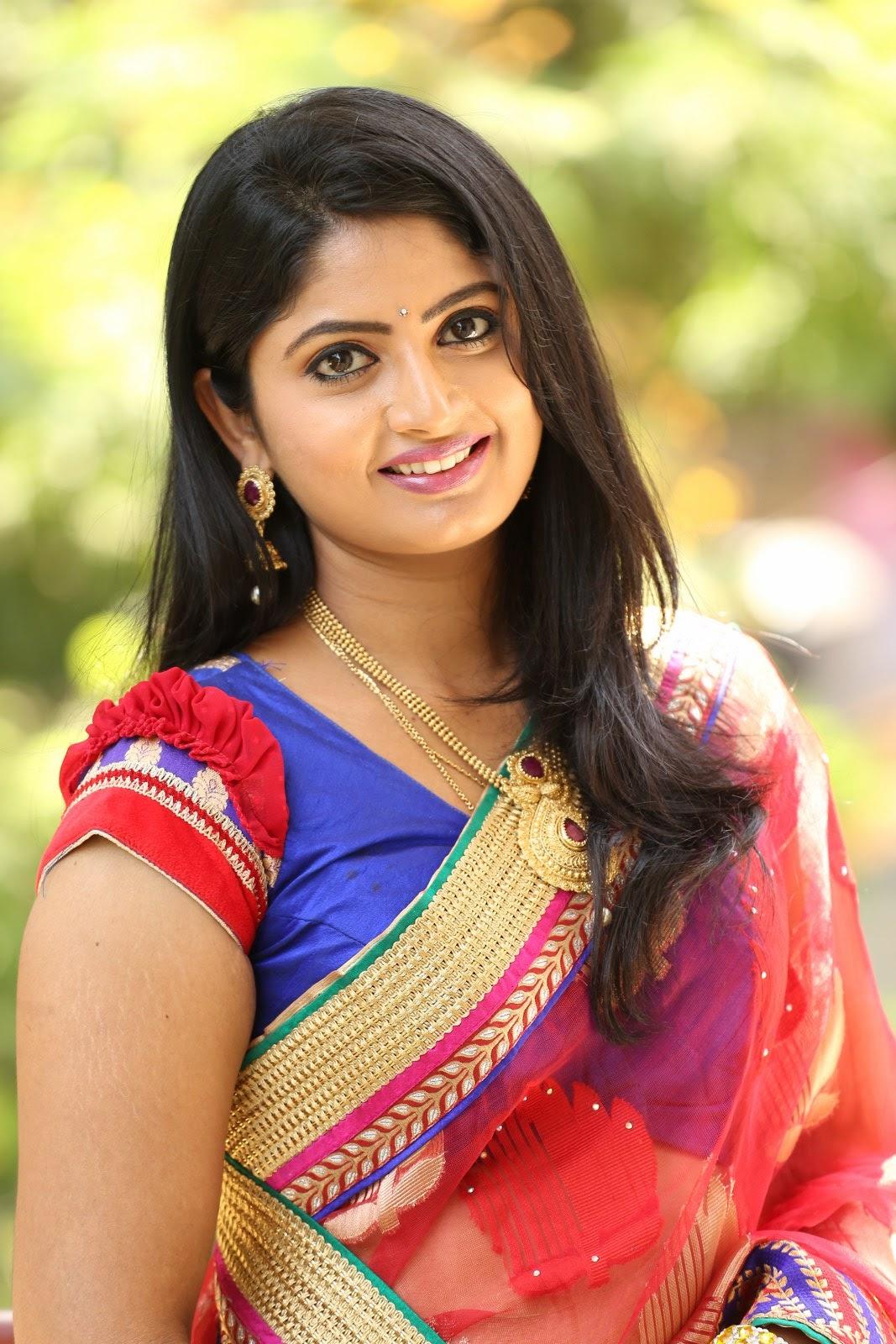 Mounica Latest Glamorous Photos - Hd Latest Tamil Actress -7535