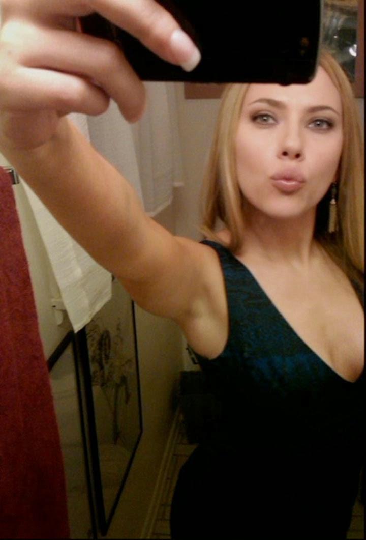 Scarlett johansson nude selfy share