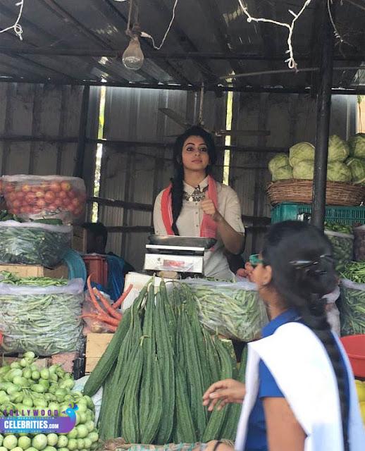 Rakul Preet Singh selling For vegetables