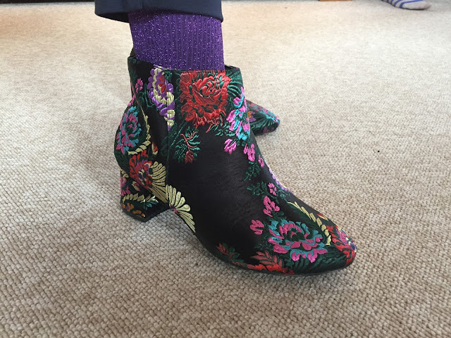 Kaffesoester's brocade boots and glitter socks