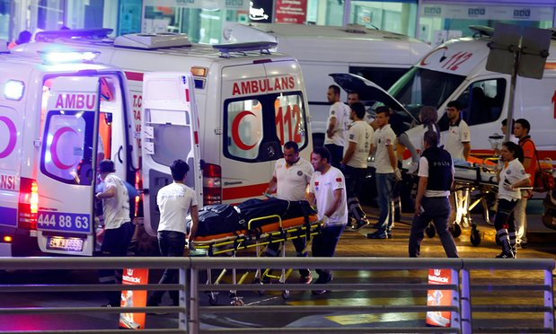 Turkey-Airport-attack-sucide-ambulances-injured
