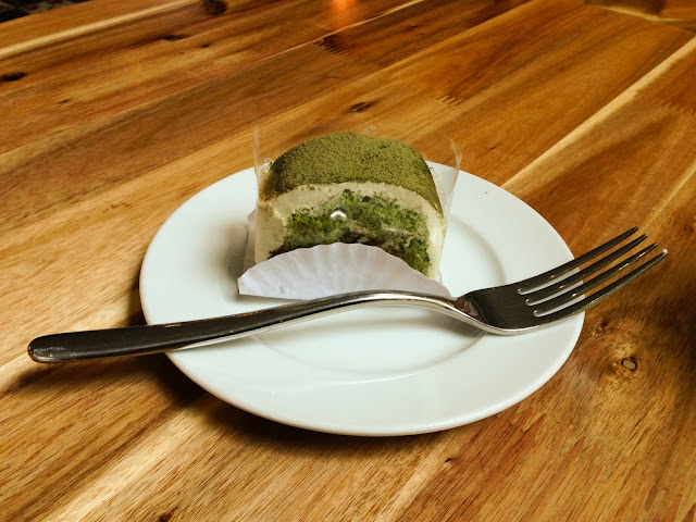 METROCAFE-cake-with-maccha 抹茶ケーキ