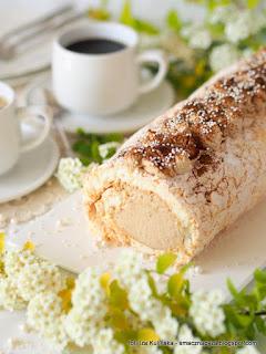 beza, krem kawowy, białka, ciasto bezowe, deser bezowy, krem smietanowy z kawa, desery