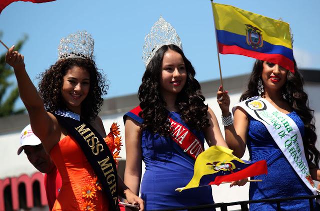 Imagen de una hermosa reina ecuatoriana en el desfile ecuatoriano NYC - REINA JUVENIL