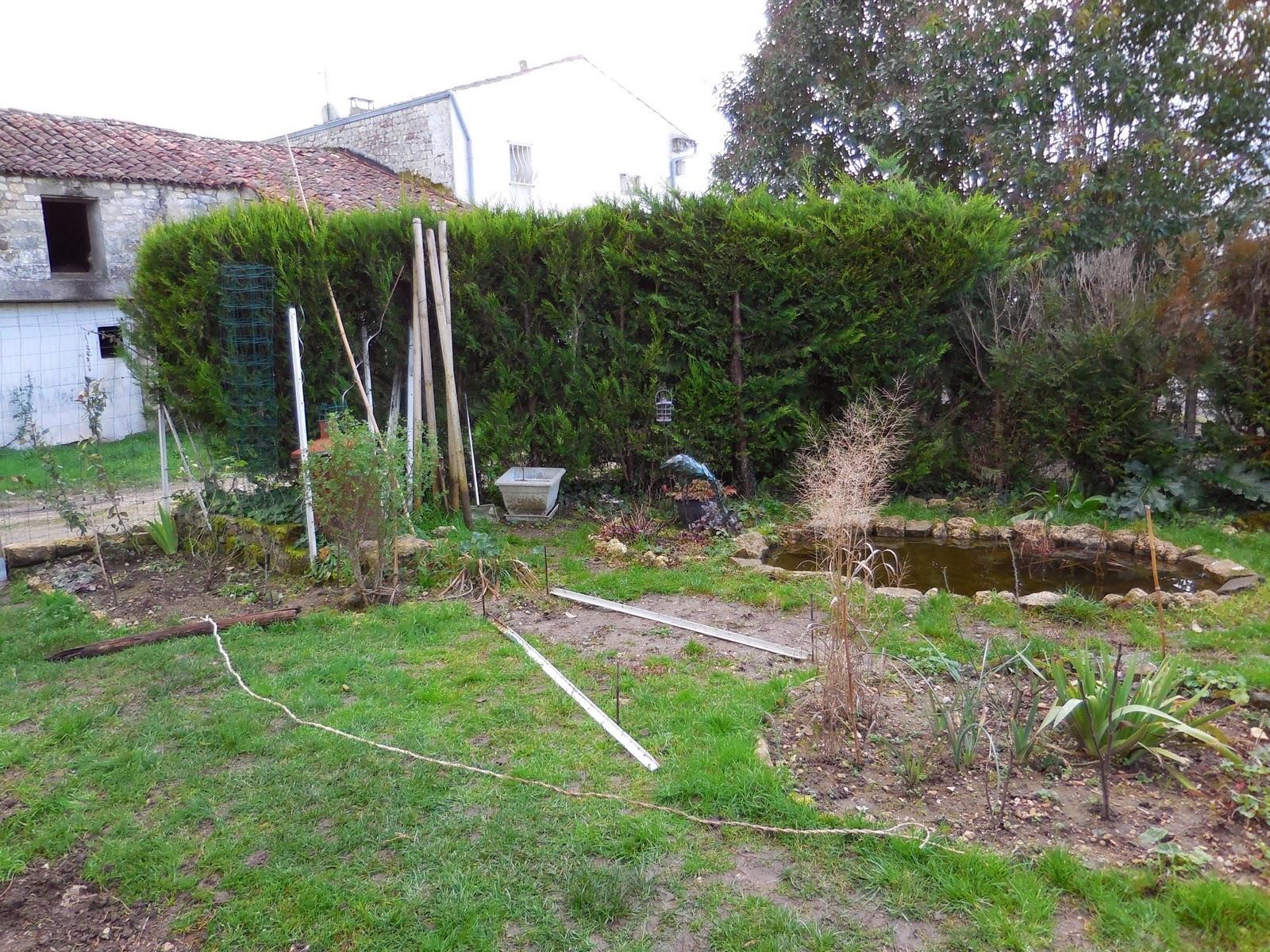 Cagouille 39 s garden une arche pour le jardin for Decoration jardin rosier