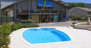 piscines desjoyaux dividend