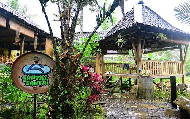 Pondokan/Gazebo yang ada di Omah Kodok Resto