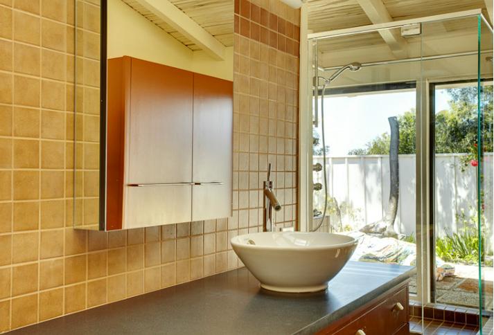 California Style Kitchen Cabinets