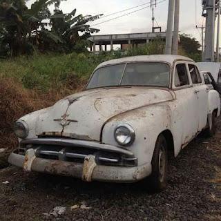 LAPAK MOBIL TUA DAN LANGKA : Forsale Plymouth 1952
