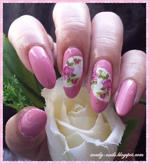 http://snaily-nails.blogspot.com/2016/09/rozane-okienka.html