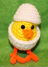 http://www.ravelry.com/patterns/library/sweet-chick-in-egg