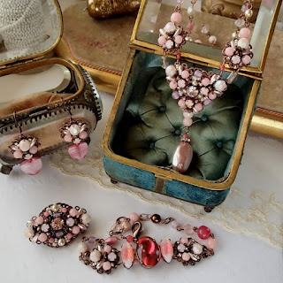 Pale pink, pastel pink. Vintage style jewelry. Rhinestone jewelry.