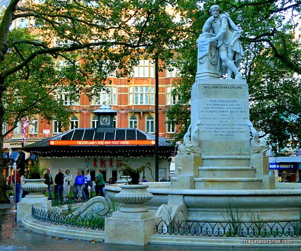 Guichê de ingressos com desconto e Leicester Square, Londres