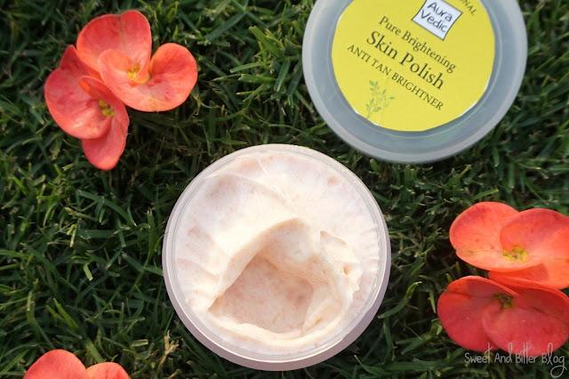 AuraVedic Professional Pure Brightening Skin Polish Anti Tan Brightner Amla Tamarind Texture