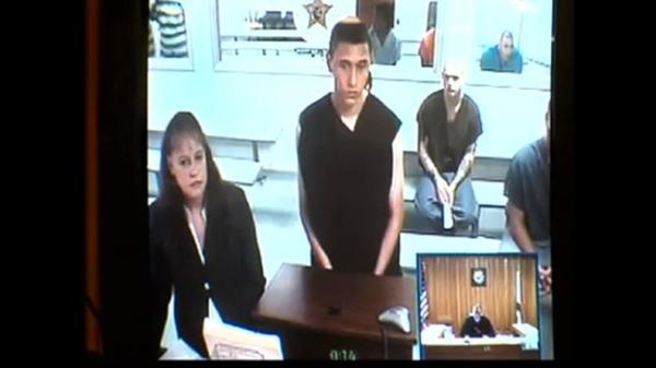 Do chưa đủ 18 tuổi nên Tyler không bị kết án tử hình.