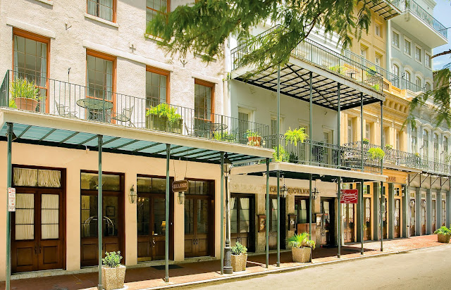 Bluegreen Club La Pension™ resort is a short stroll to the historic French Quarter where you can revel in the essence of the city.