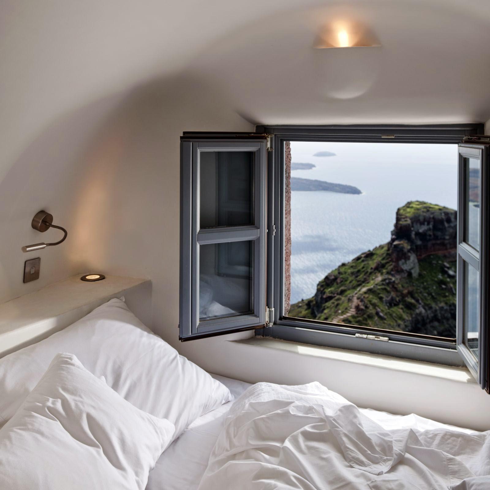 Passion For Luxury : Kapari Natural Resort Santorini