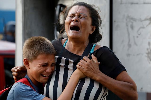 Incêndio em delegacia deixa ao menos 68 mortos na Venezuela