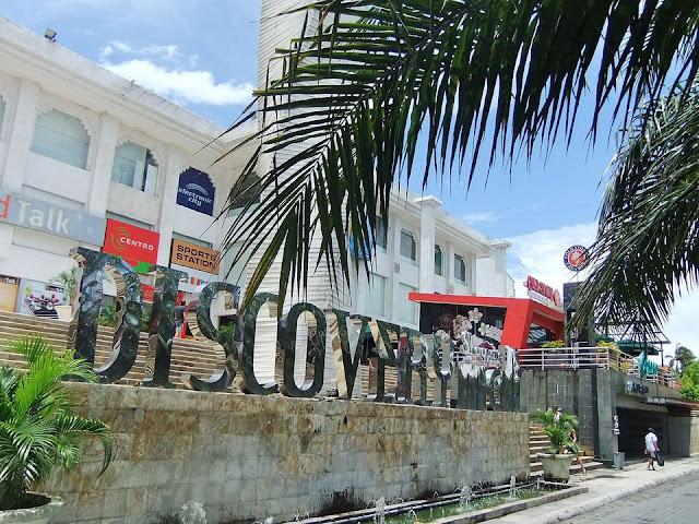 Tempat Wisata Belanja di Bali yaitu Discovery Mall