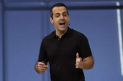 Facebook VR VP Hugo Barra  replaced