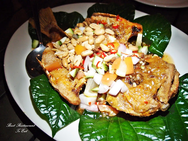 Deep Fried Fish Dressed With Miang Kham Sauce (Daun Kodok)