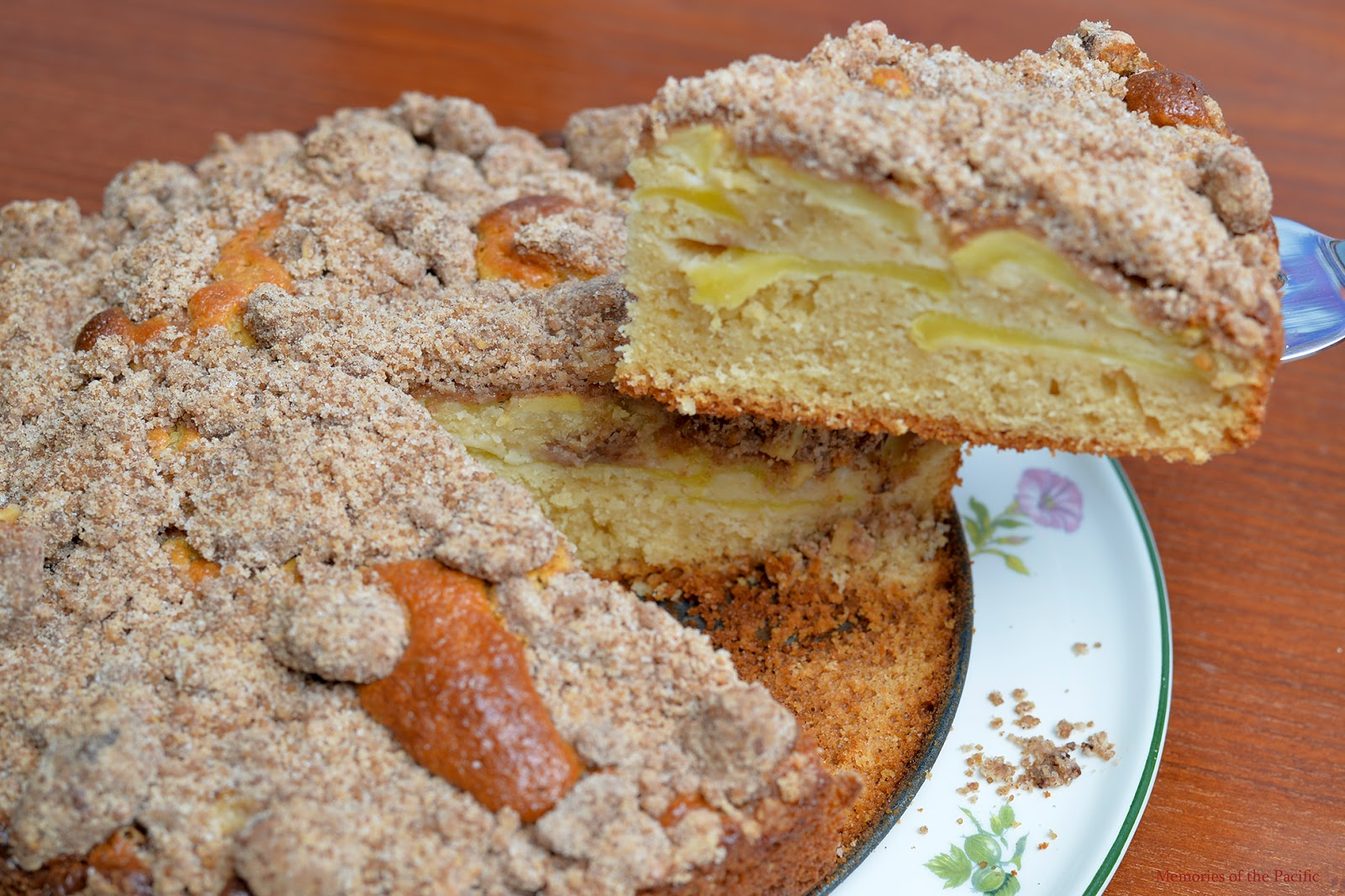 Cinnamon Apple Crumb Cake recipe