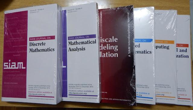 كتاب حول الرياضيات باللغة الانجليزية مجانا