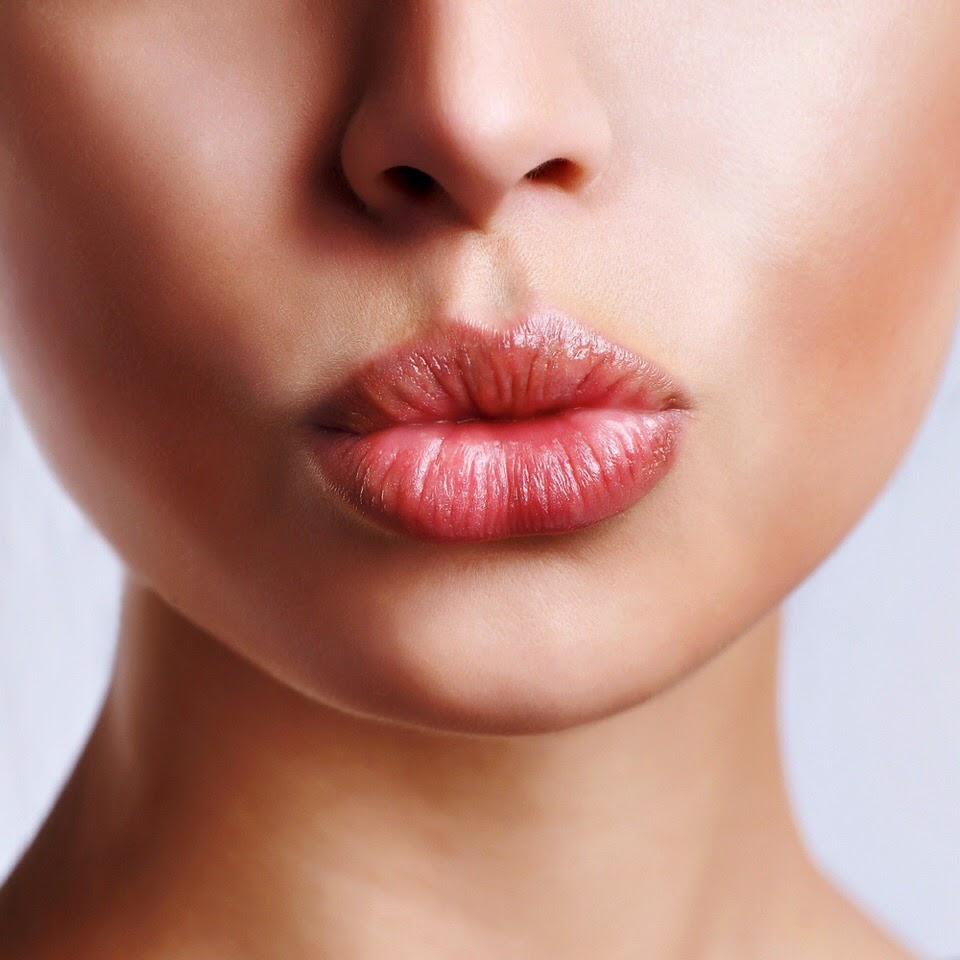 Как да си уголемя устните по естествен начин